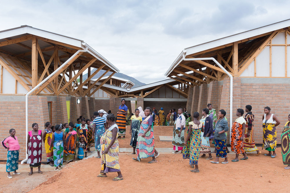 Project: Maternity Waiting Village Location: Kasungu, Malawi Photo: Iwan Baan