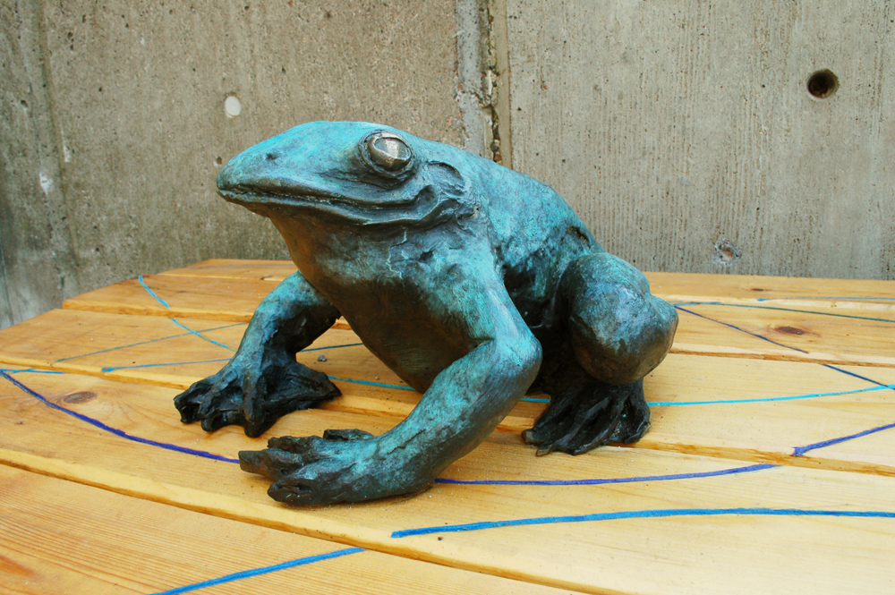 Estuary Plaza, Frog Bench detail