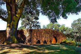 Field Stone Winery & Vineyards 10075 Highway 128Healdsburg, CA 95448 1.800.54.GRAPE fieldstonewinery.com Open Daily: 10am – 5pm