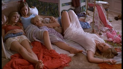 The-Virgin-Suicides-the-virgin-suicides-189184_1020_576.jpg