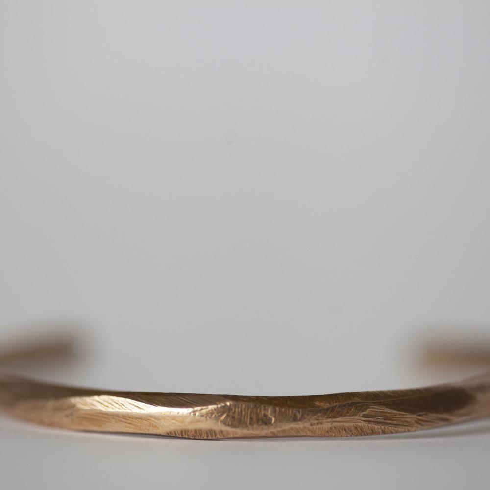 amano-carrier-pigeon-bronze-plateau-cuff-bracelet-2.jpg