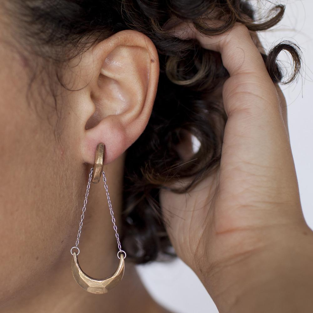 amano-carrierpigeon-bronze-cast-cresent-moon-earring-faceted-handmade-3.jpg