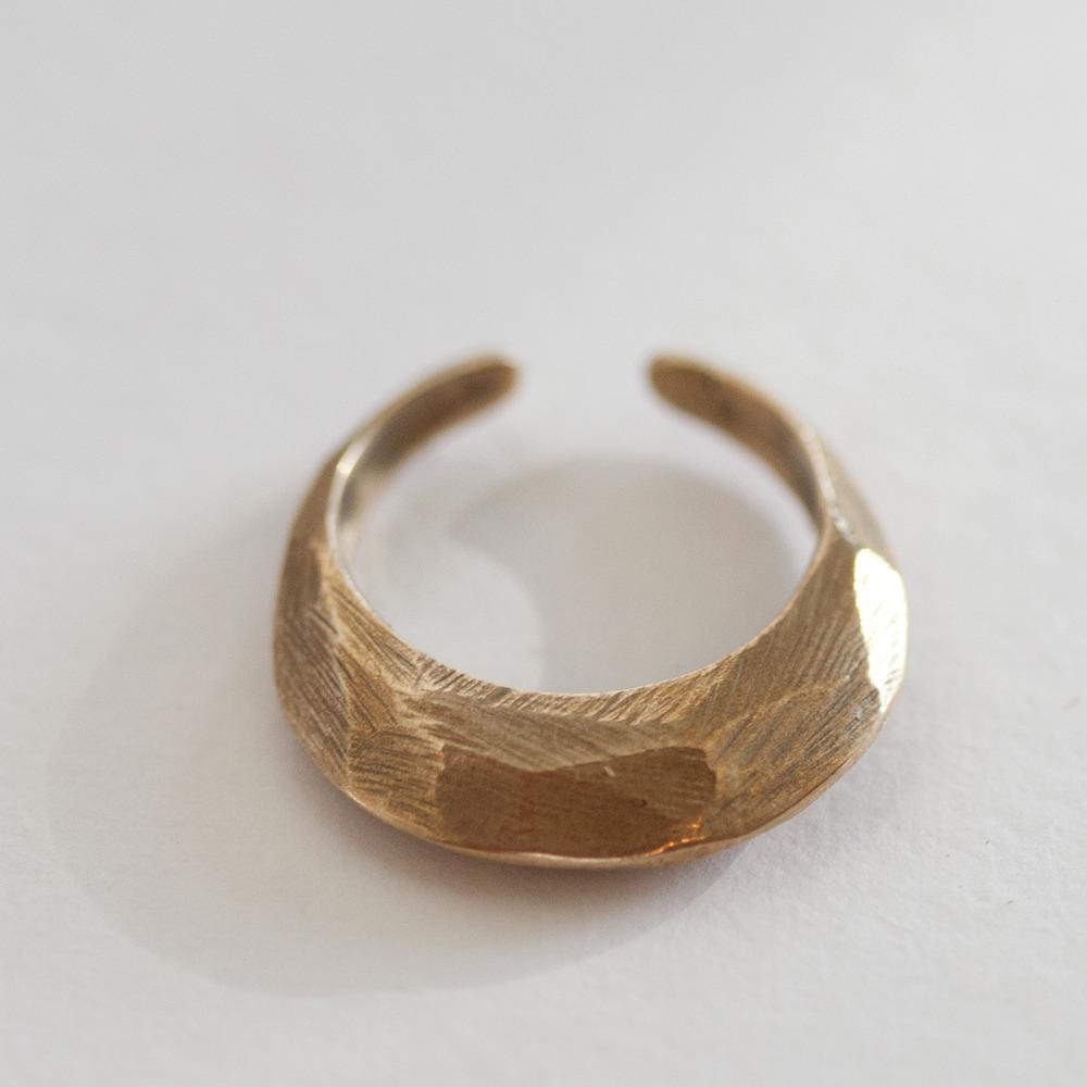 amano-carrierpigeon-bronze-cast-ring-plateau-faceted-handmade.jpg