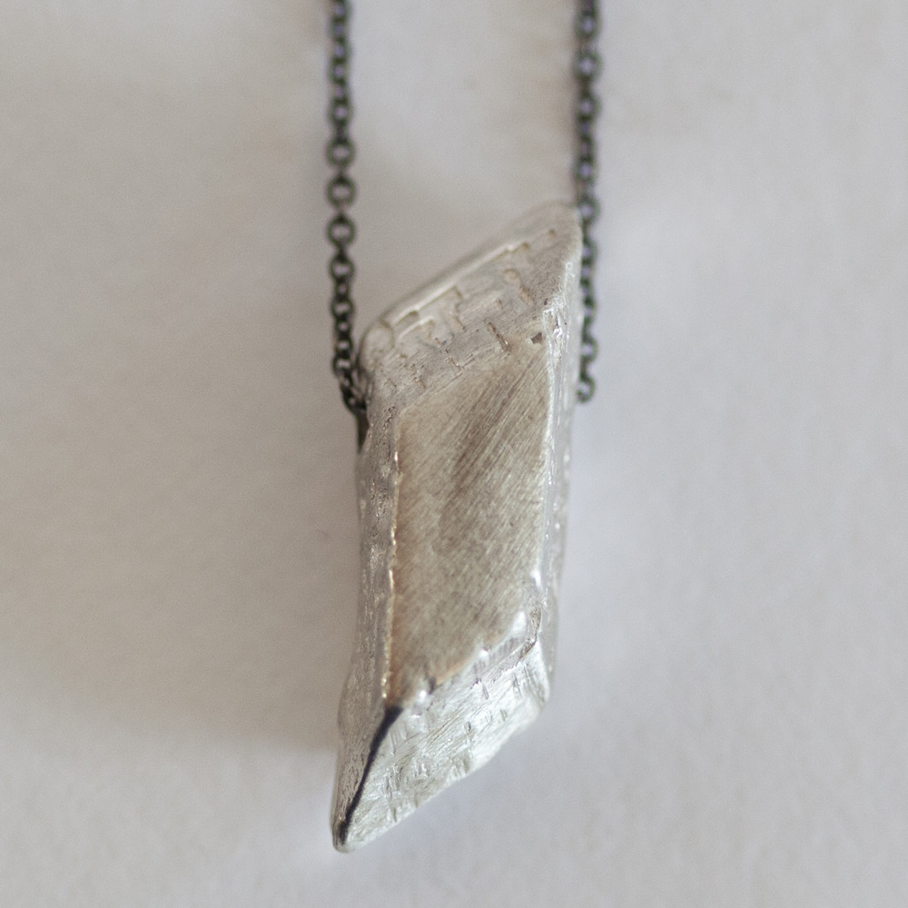 amano-carrierpigeon-sterling-silver-cast-crystal-pendant-necklace-oxidized-chain-handmade-2.jpg