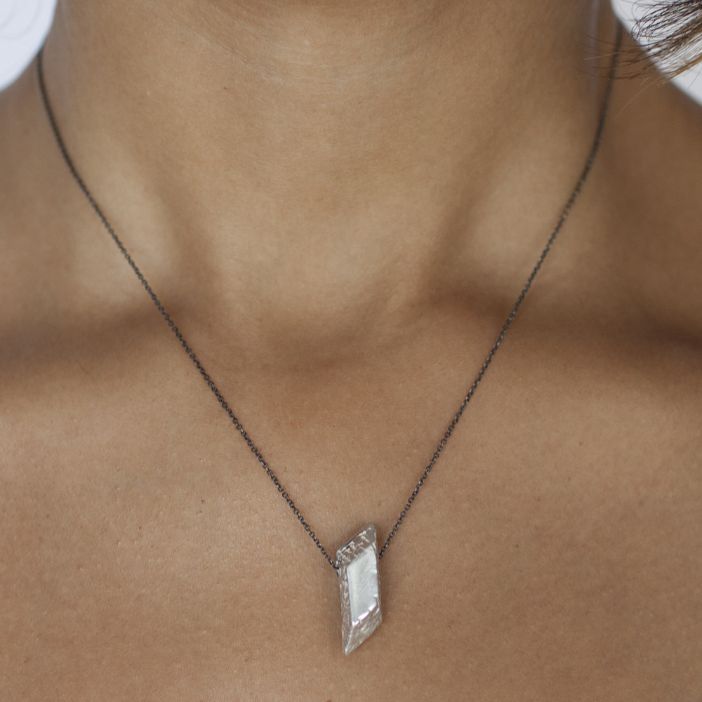 amano-carrierpigeon-sterling-silver-cast-crystal-pendant-necklace-oxidized-chain-handmade-3.jpg