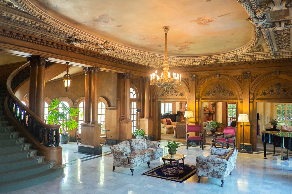 guasti-mansion-los-angeles.jpg