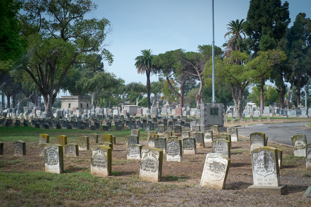 spanish-american-war-graves-los-angeles.jpg