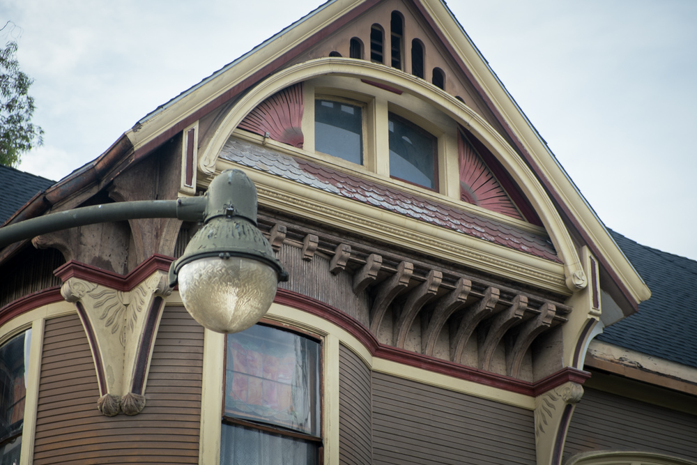 los-angeles-victorian-house-west-adams-usc-3.jpg