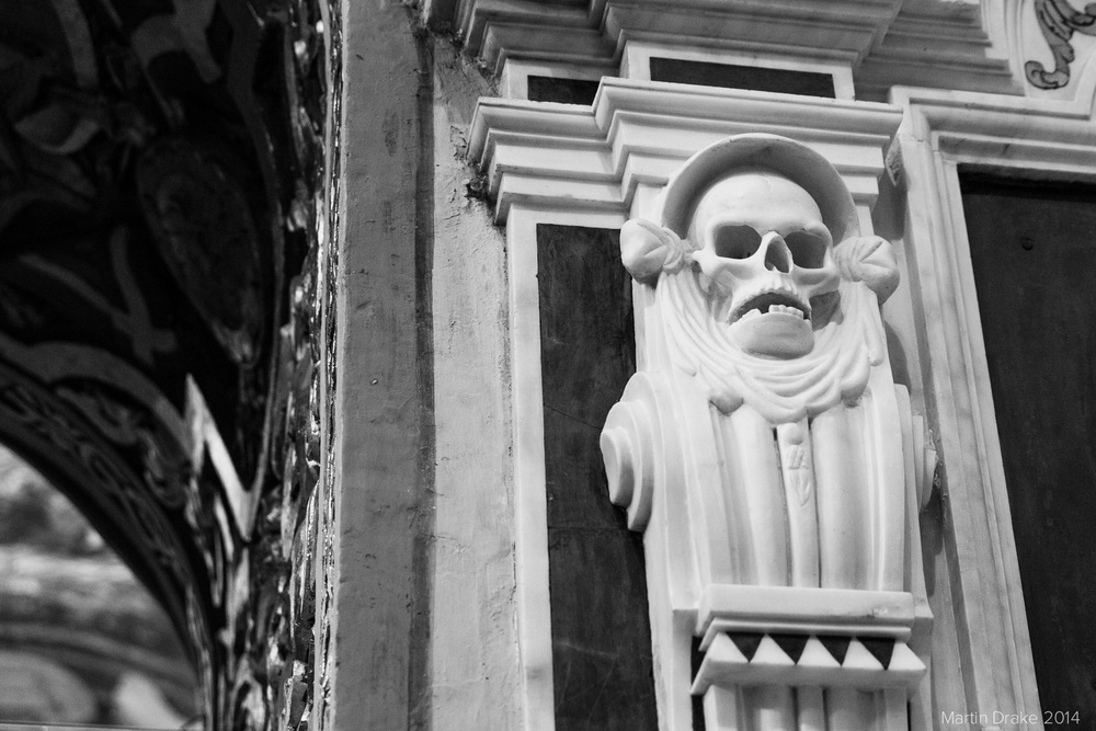 skull-St-Johns-cathedral-valletta-malta-martin-drake-photography