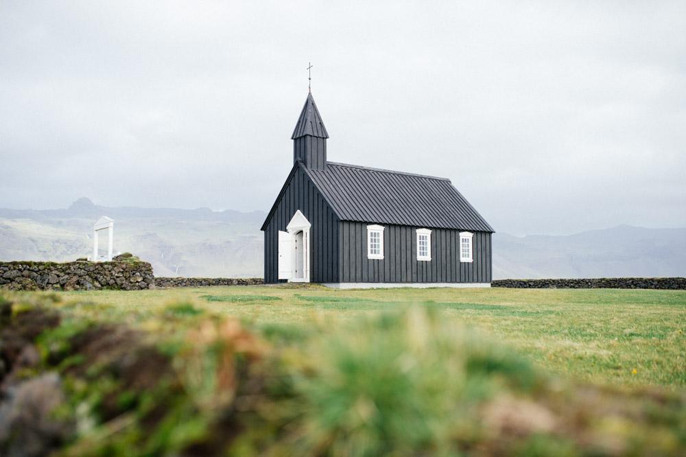black-church-budir.jpg