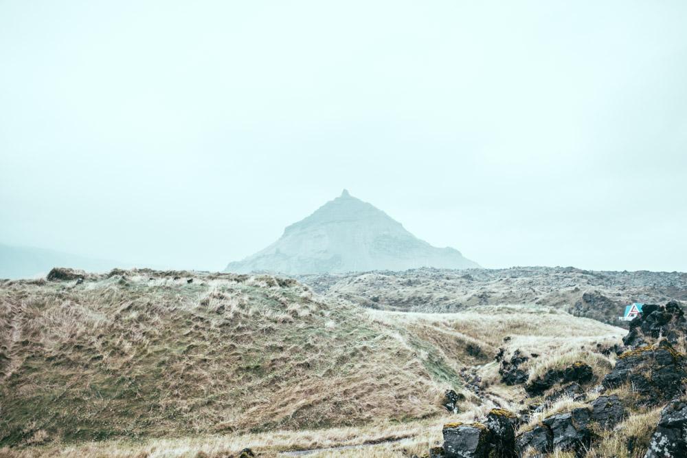 volcano-icelnad.jpg