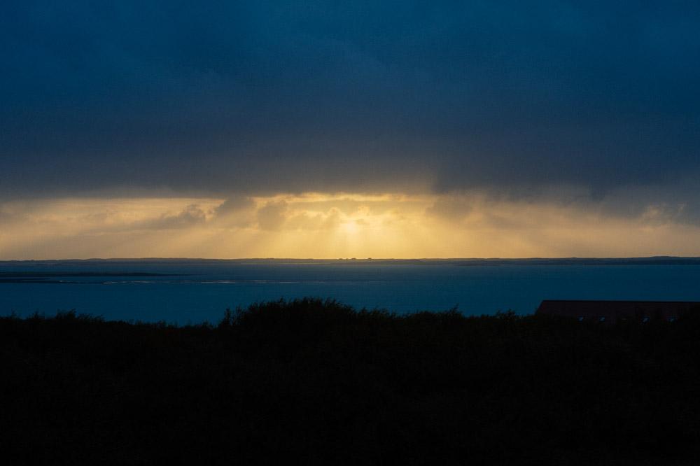 sunset-iceland-ocean.jpg