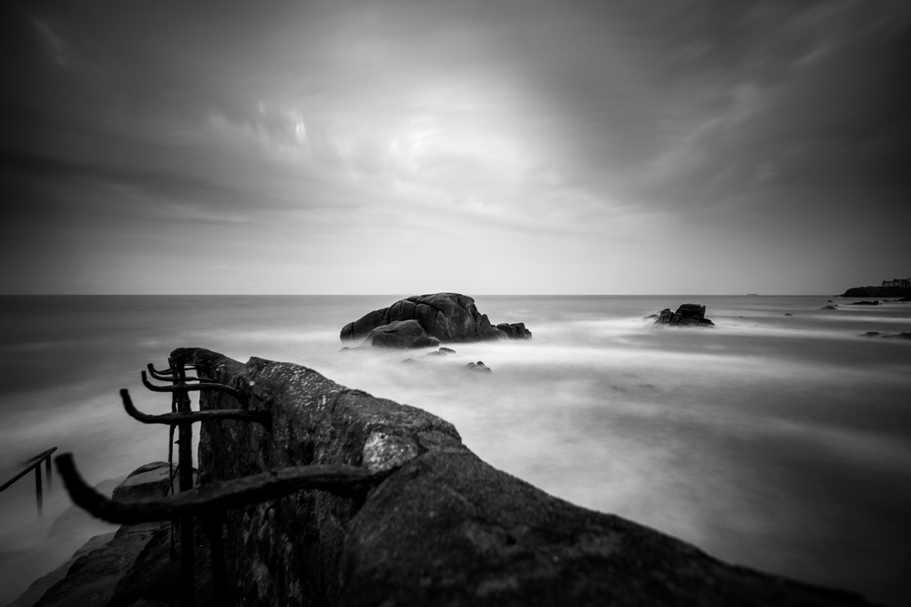 50 second exposure with Lee Big Stopper (10 Stop ND filter)