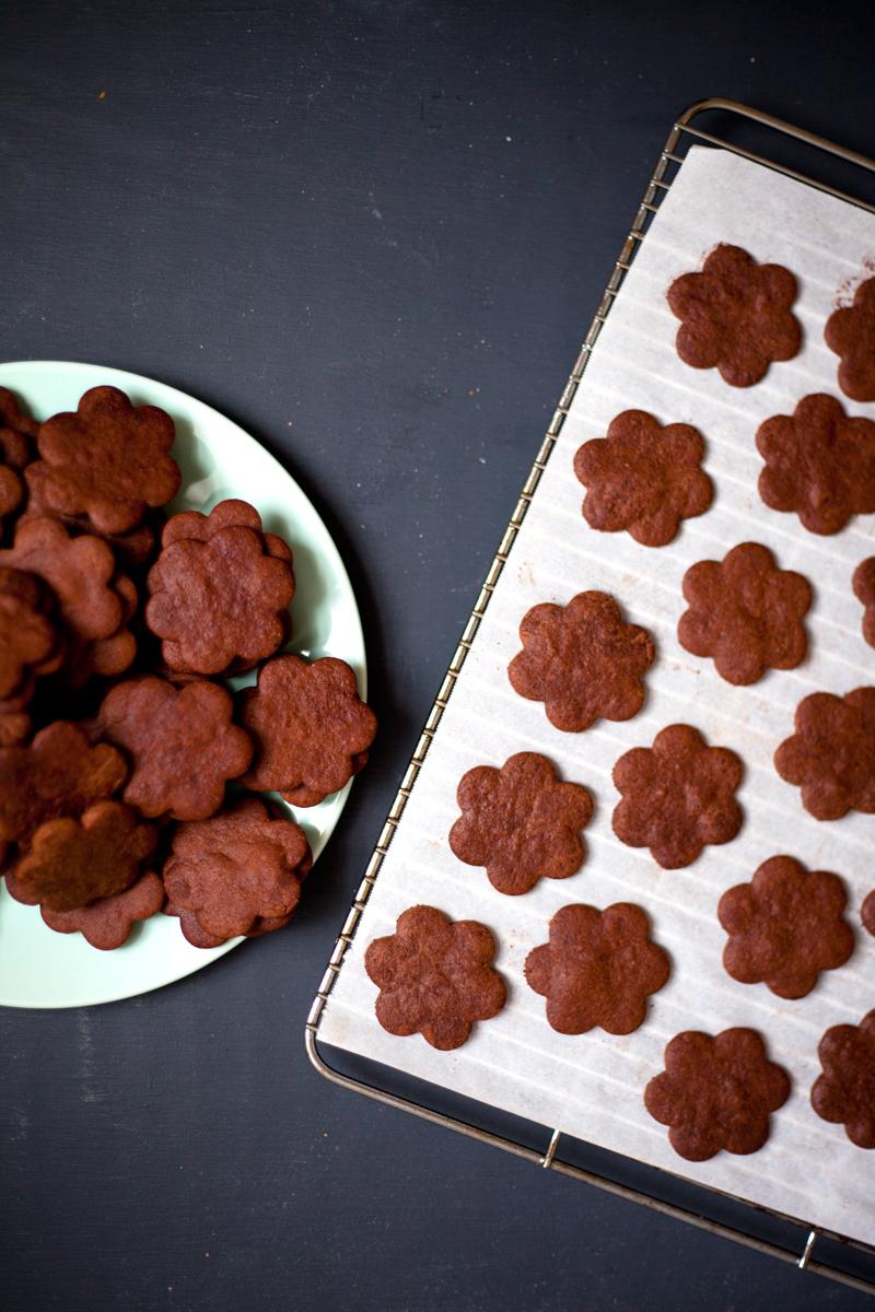 chocolate-cookies-2.jpg