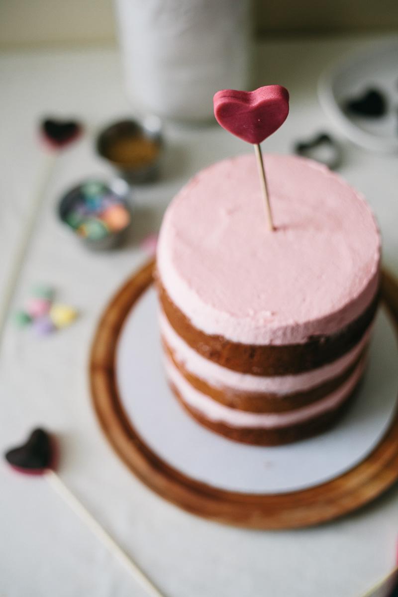 _MG_9315Valentine-Cake.jpg