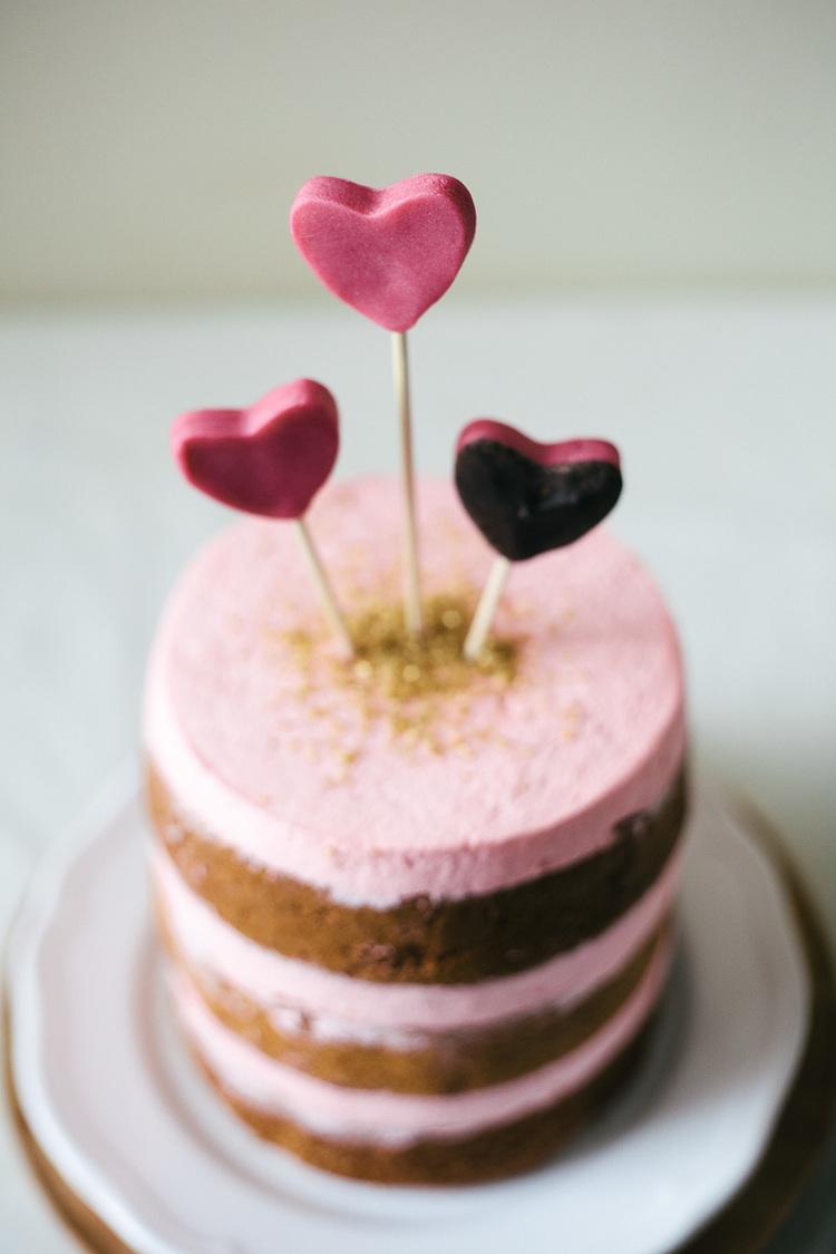 _MG_9389Valentine-Cake.jpg