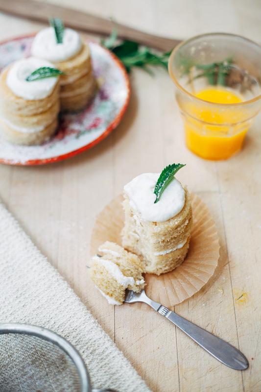 champagne cake-8.jpg