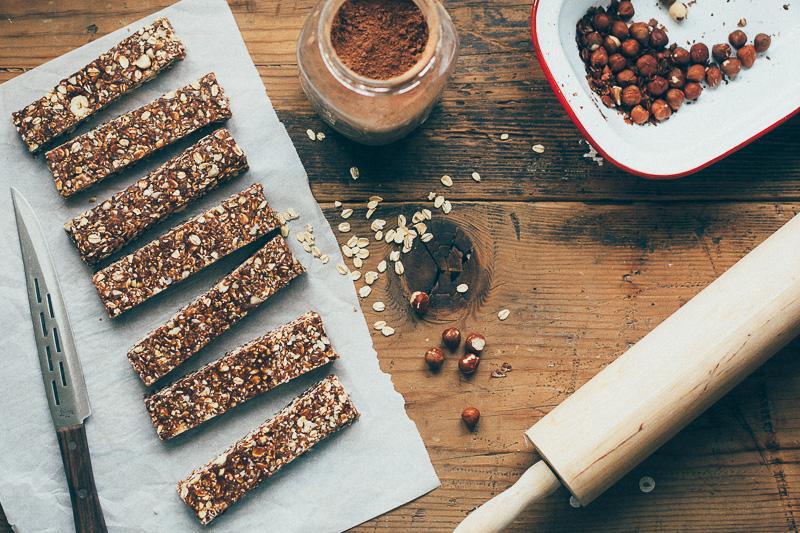 hazelnut-cocoa-granola-bars-15.jpg