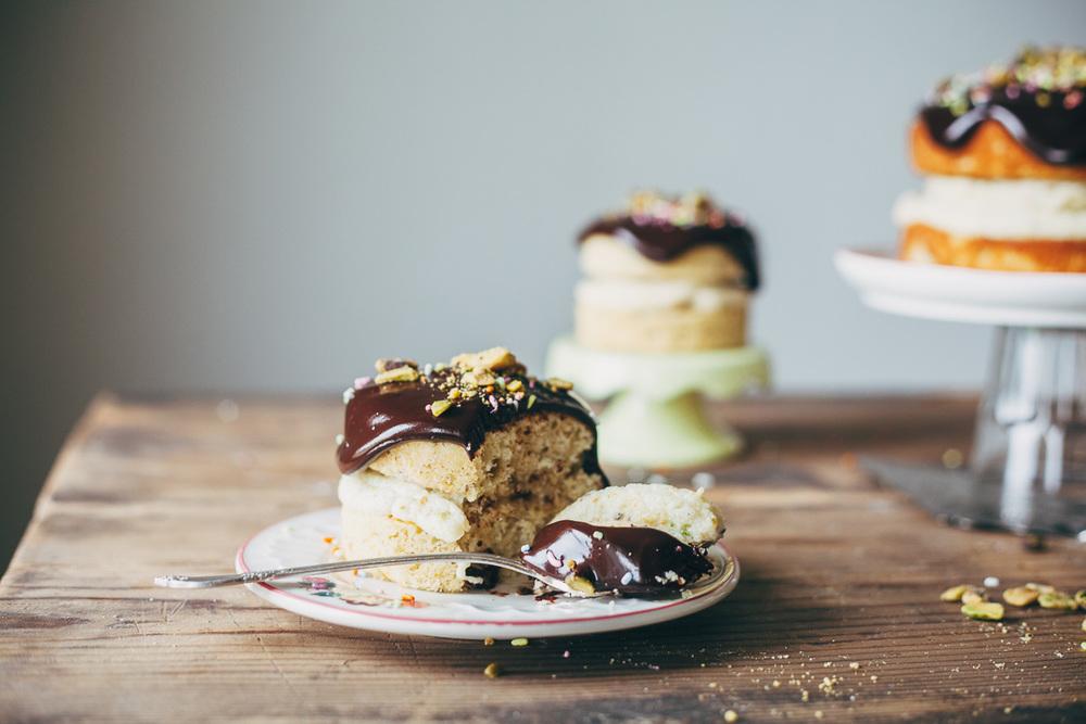 pistachio-cream-cake-15.jpg