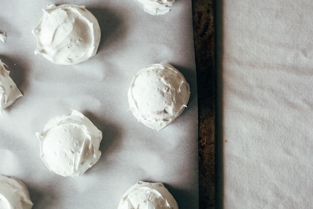 pistachio pavlovas-11.jpg