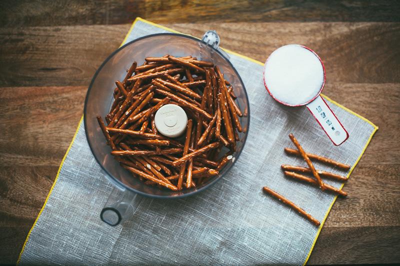pretzel-mandel-bread-4.jpg