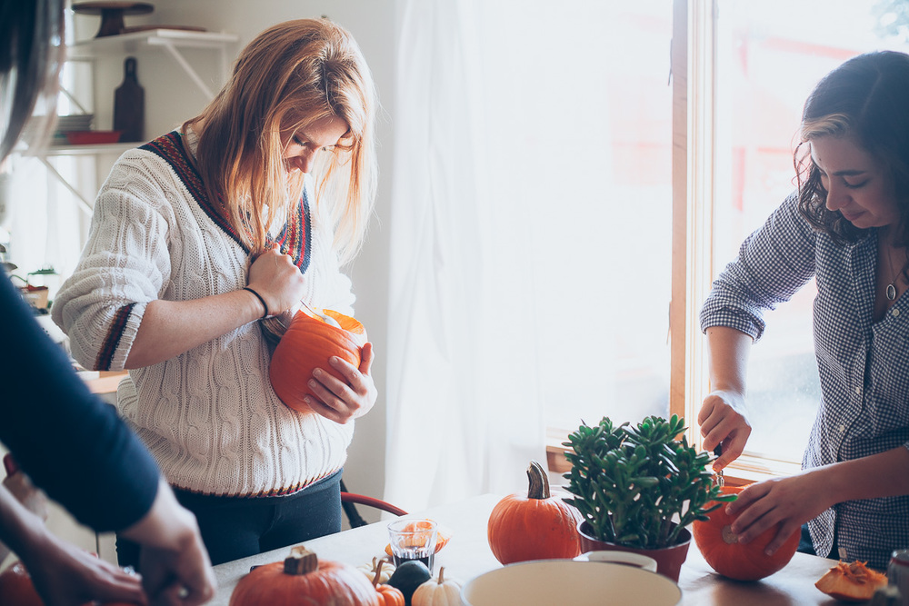 pumpkin-carving-party-10.jpg