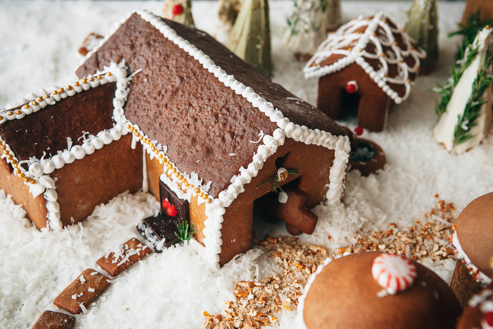 gingerbread farm-8.jpg