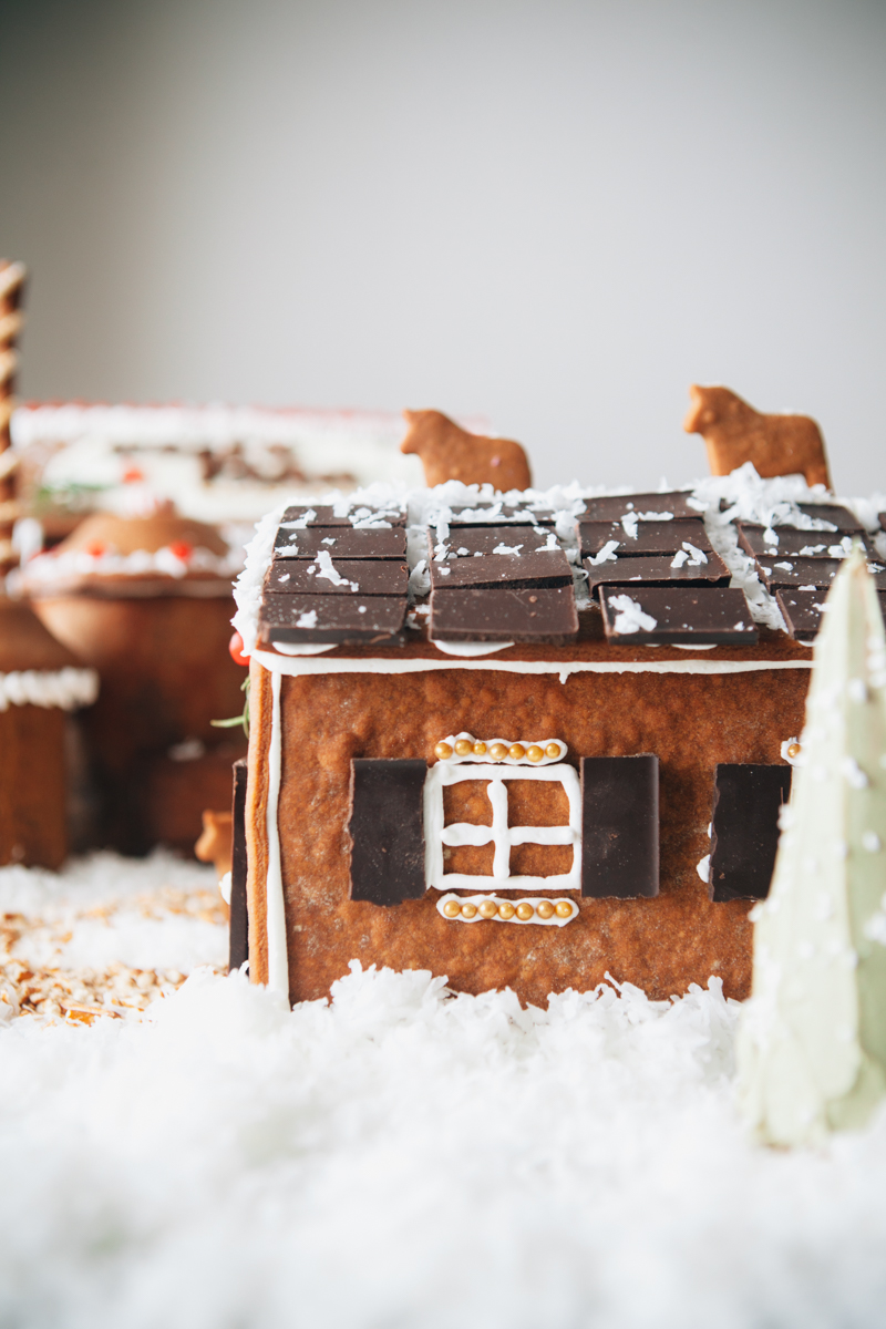 gingerbread-house-43-1.jpg