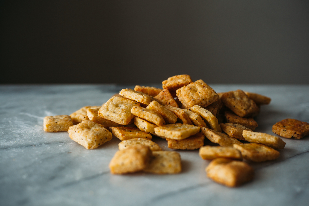 everything bagel cheez its-13.jpg