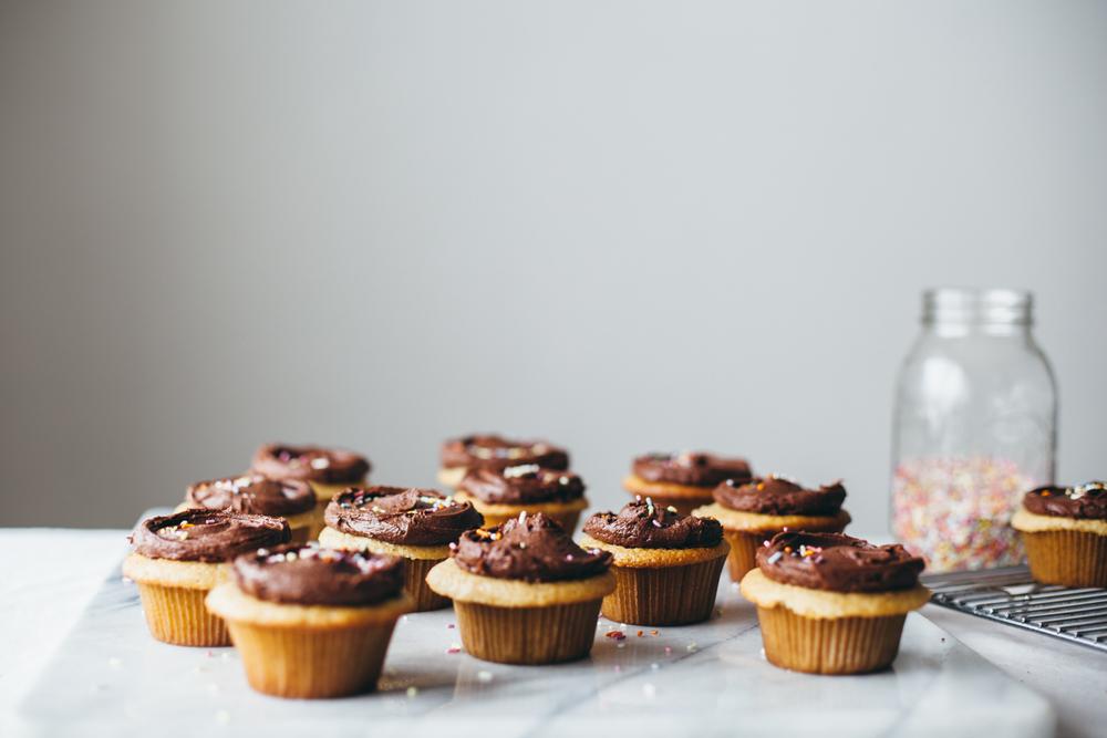 tahini cupcakes-11.jpg