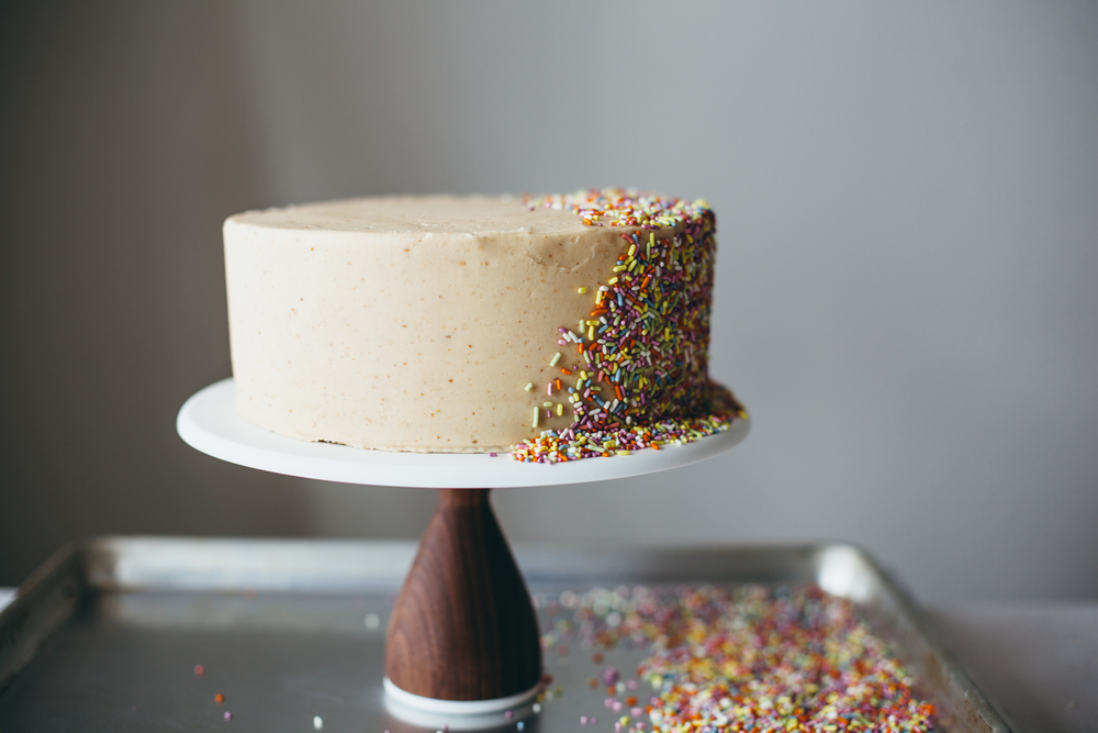chocolate peanut butter cake-21.jpg