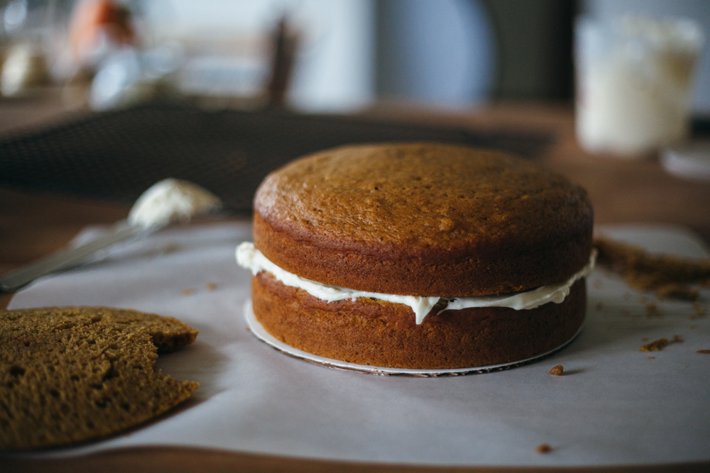 pumpkin cake with cream cheese frosting-9.jpg