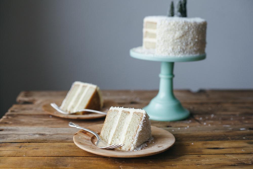 coconut cake-5.jpg