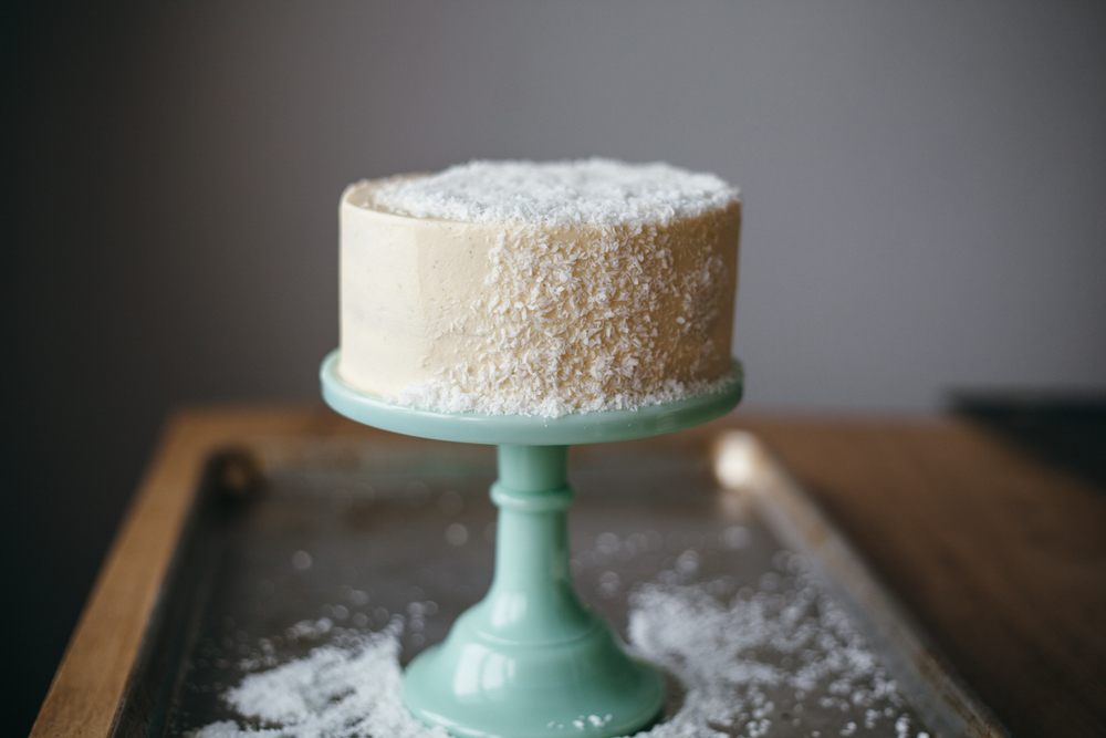 coconut cake-8.jpg