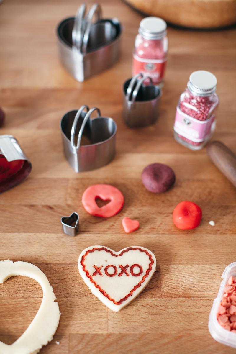 valentine almond cake-1.jpg