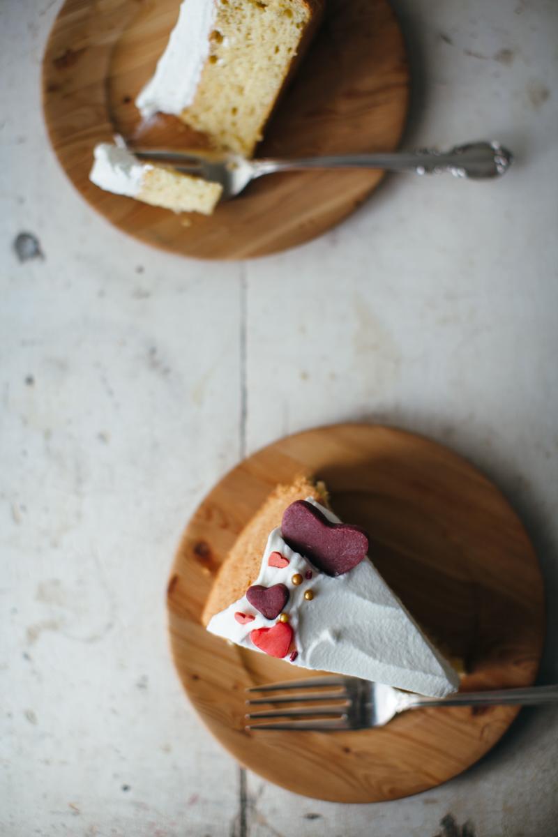 valentine almond cake-13.jpg