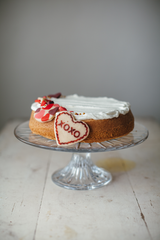 1000px valentine almond cake-8.jpg