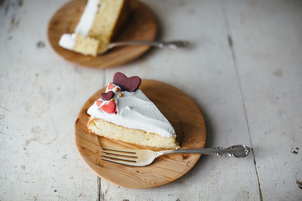 valentine almond cake-14.jpg