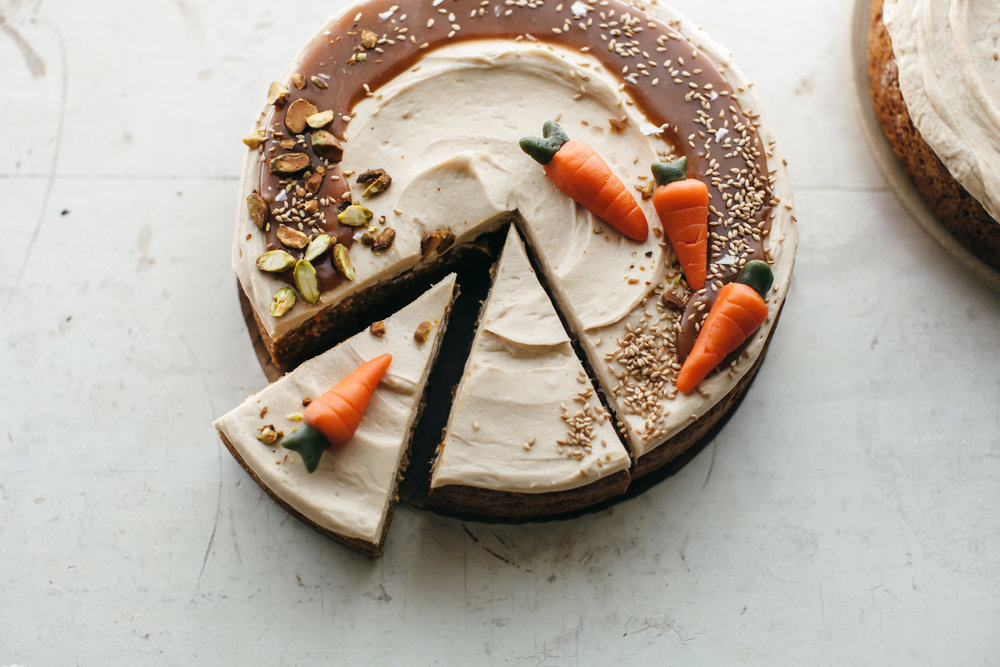 carrot cake tahini frosting-9.jpg
