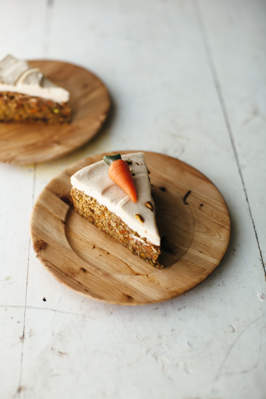 carrot cake tahini frosting-14.jpg