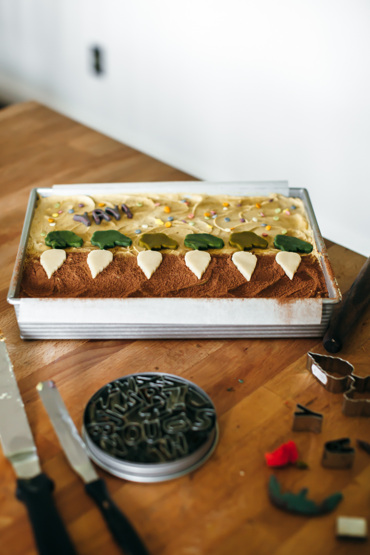 chocolate sheet cake pistachio butter frosting-11.jpg