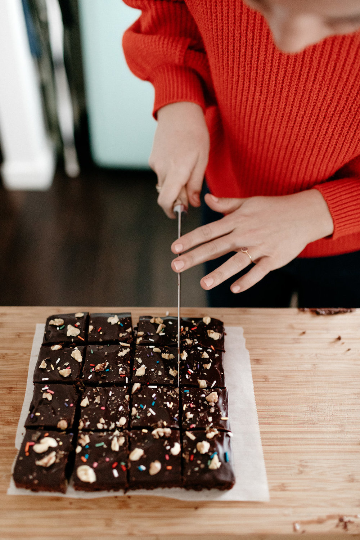 mollyyeh-diamondnut-brownies-85.jpg