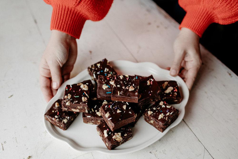 mollyyeh-diamondnut-brownies-103.jpg