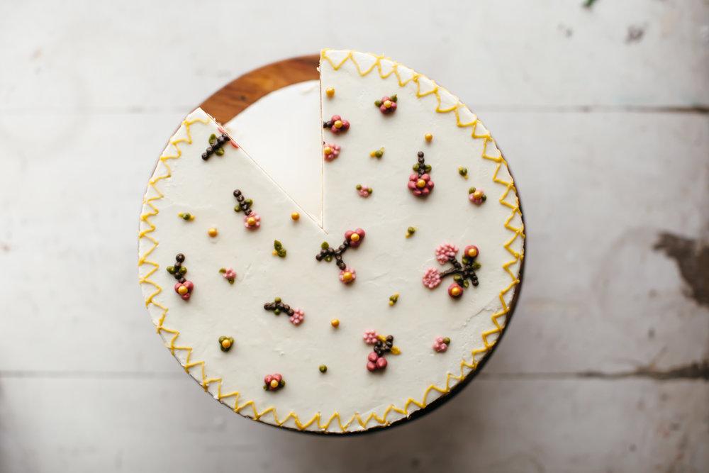vanilla butter cake marzipan buttercream-9.jpg