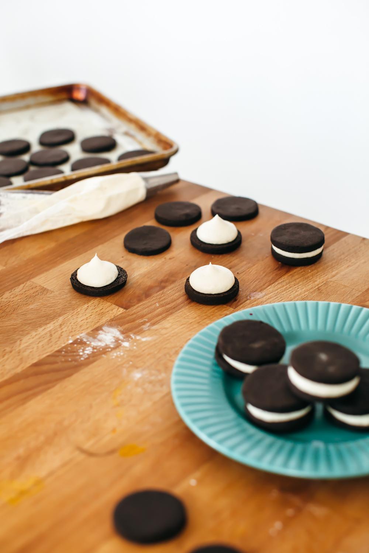 cookies n cream cupcakes-4.jpg