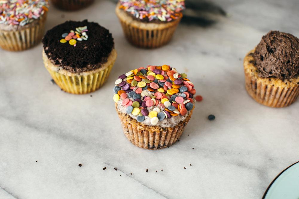 cookies n cream cupcakes-16.jpg