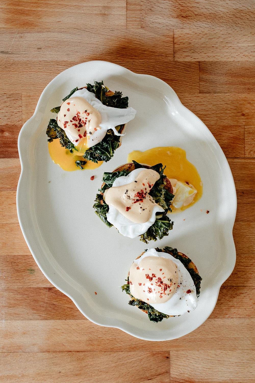 molly-yeh-pita-eggs-benedict-17.jpg