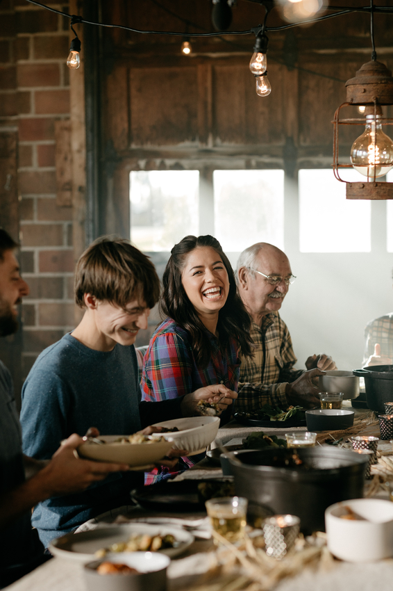 Host Molly Yeh with her guests at her Harvest Meal.jpeg