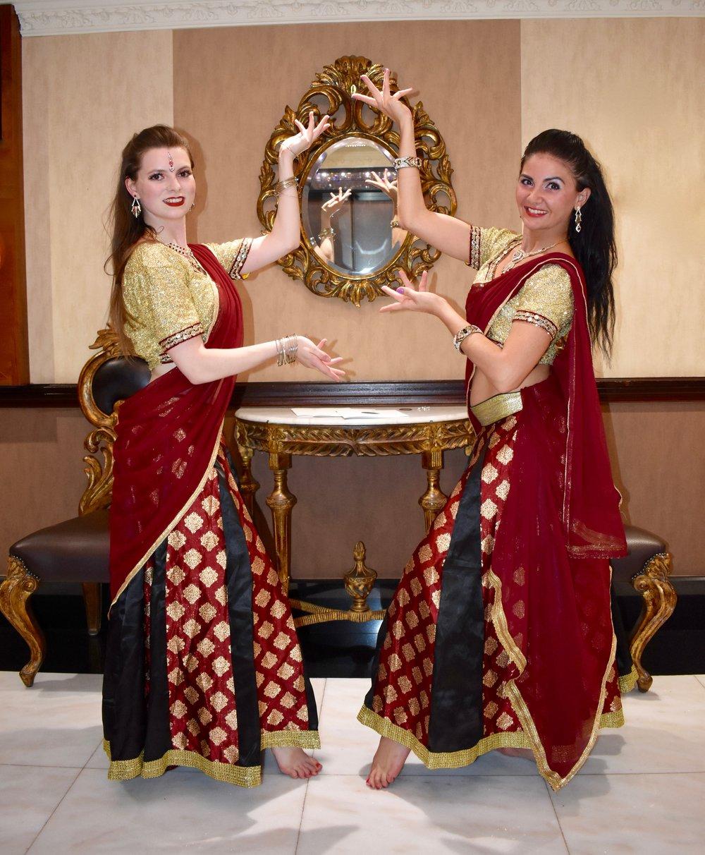 Star Dancers UK Bollywood.jpg