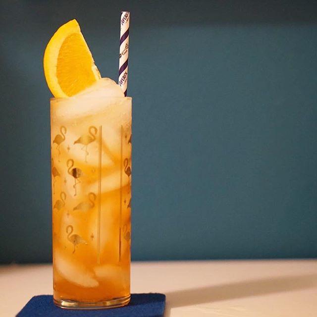 Cocktails at home series: #Repost @onenationdrinks ・・・ Don Gorgon🍹🍊 • 1 1/2 oz @avuacachaca Prata Cachaça  3/4 oz lemon  1/2 Aperol  1/2 oz cane syrup  Grated cinnamon  Soda to top • Cr: @cocktail_adventuring @barclacson @punch_drink  #thrillofdiscovery